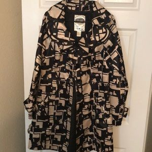 Light weight knee length jacket size L